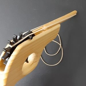 Vintage Other - Wood rubber band launcher